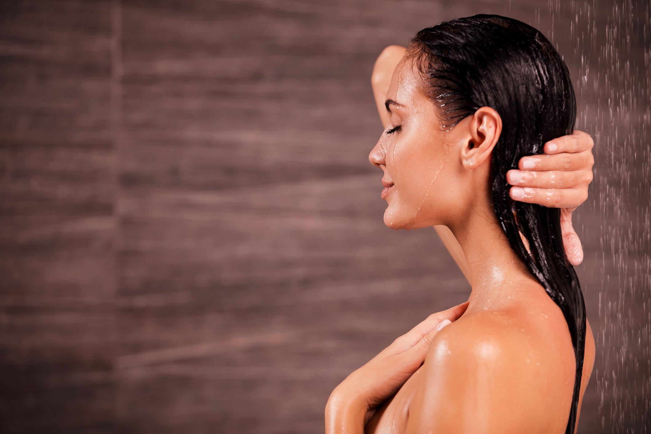 como lavar o cabelo corretamente
