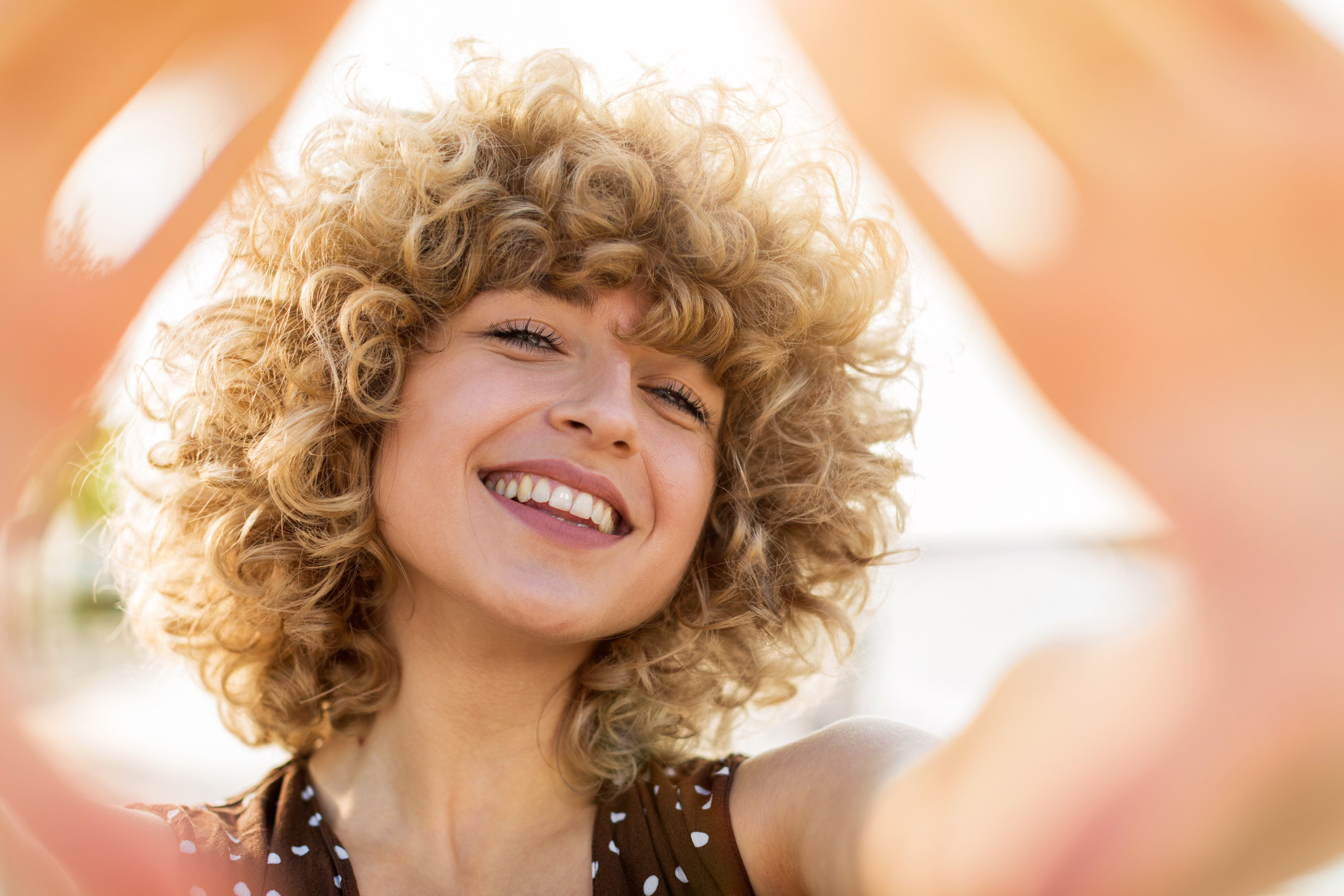 Conograma capilar para cabelos loiros